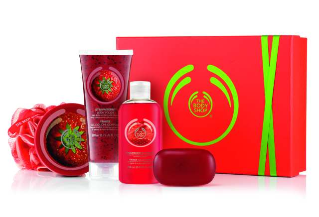 GIFT MEDIUM STRAWBERRY, Rs 2095